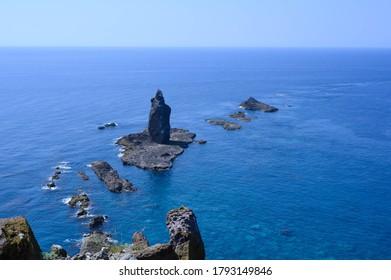 神井岬突端の岩