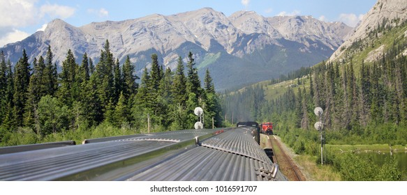 Rockie Mountain Train British Columbia / Alberta