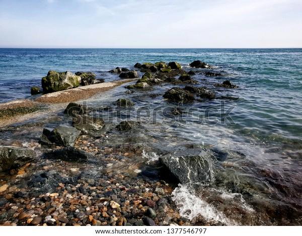 rocks-irish-sea-bray-co-600w-1377546797.