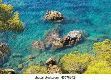 The rocky coast of incredible beauty