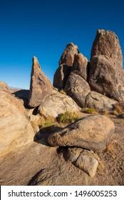rocky desert monoliths California Alabama Hills