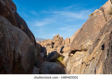 rocky landscape Alabama Hills Sierra Nevada mountains