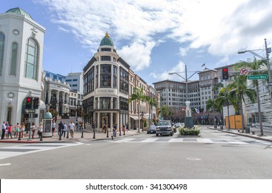 Rodeo drive, Los angeles, CA. 15th october, 2015. Rodeo drive street. It is is a two-mile long street, primarily in Beverly Hills, California.