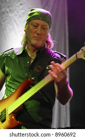 roger glover of deep purple
