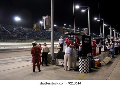 Roger Penske in Pit Stop at Homestead Miami Indy Race 2