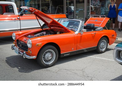 ROLLA, MISSOURI JUNE 6, 2015  Rolla Summerfest Car Show - British Manufacturer MG