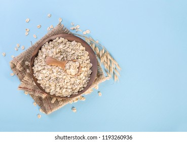 Rolled oats, healthy breakfast cereal oat flakes