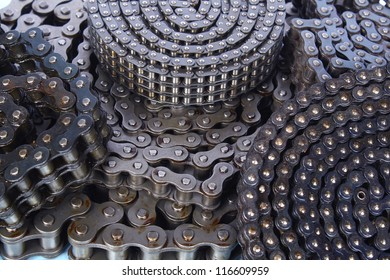 roller chains for machines close up