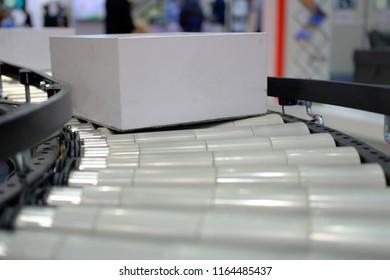 roller conveyor box
