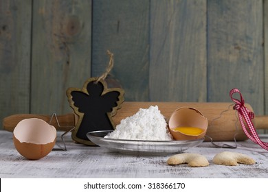 rolling pin with eggs