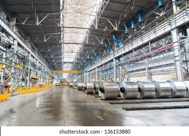 Rolls of aluminum are stored in a special place before transporting
