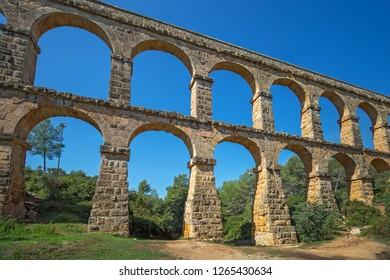 Roman aqueduct 'El ponte del Diablo' (The Bridge of the Devil) near Tarragona, Catalonia, Spain