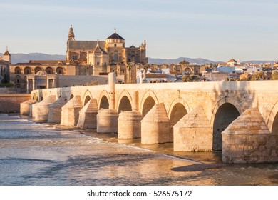 "Roman bridge of Cordova. Placed on the river The Guadalquivir to his step along Cordova. Acquaintance like "" the Old Bridge "" was the only bridge with which it counted the city for 20 centuries"