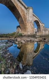 Roman bridge in Ourense from below