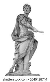 Imperatore romano Giulio Cesare statua isolata su sfondo bianco