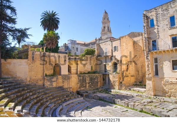 roman-theatre-lecce-puglia-italy-600w-14