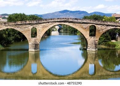 romanesque bridge At Puente la Reina