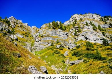 Romania, Bucegi Mountains, The Big Girdle of the Morar, The Fangs of the Morar