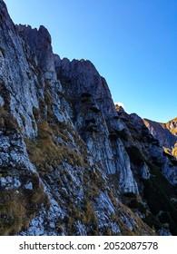 Romania, Bucegi Mountains, The Girdle of the Morar, northen side