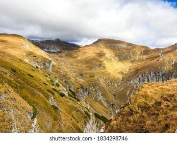 Romania, Bucegi Mountains, Ialomita Valley
