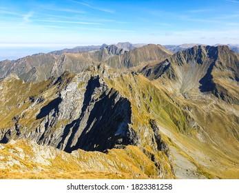 Romania, Fagaras Mountains, Arpasel&Vartopel Ridge