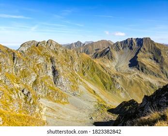 Romania, Fagaras Mountains, viewpoint from Capra Peak