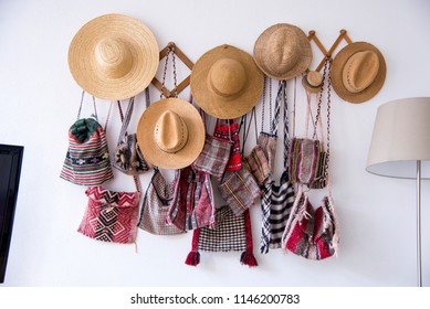 Romanian traditional hats and bags. Hand made traditional gifts - Easter European Travel Destination