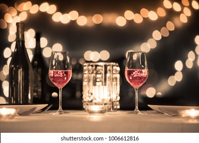 Romantic fine dinning setting.