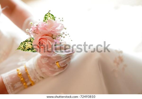 Rose brides scam