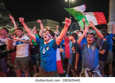 ROME, ITALY - 16 JUNE, 2021. Italian fans celebrate Italy's victory against Switzerland in the first match of the Euro 2020 in Piazza del Popolo. Credit: Andrea Petinari - Medialys Images