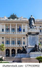 ROME, ITALY - 2014 AUGUST 18. View of Palazzo di Giustizia. Palace of Justice in Rome, and monumento statua Camillo Benso Conte di Cavour.