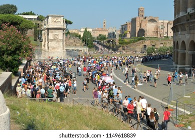 Rome. Italy. August, 5th, 2018 First Sunday of the month, free admission to state museums in Italy. Colosseum, tourists queued up in the sun, for the entrance
