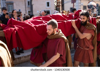 Rome, Italy – March 15, 2019: At the Sacred Area of Largo Argentina, the Gruppo Storico Romano, stages one of the most important events in the history of the humanity: the murder of Julius Caesar.