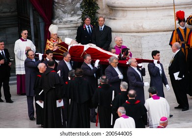 ROME, ITALY-APRIL 05, 2005: Death of John Paul II. Exhibition of the body of Pope in St. Peter square, Vatican City.