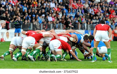 ROME, ITALY-MARCH 13, 2008: rugby players in action during the 6 Nations rugby match Italy vs Wales, in Rome.