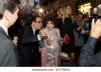 Rome July 4, 2017: Gina Lollobrigida celebrates 90 years in Via Condotti among the people. July 4, Rome, Italy