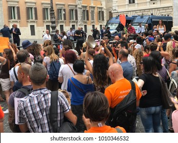 Rome, Senate of the Italian Republic, 18 July 2017 Demonstration pro choice vaccination, obligation vaccine, no vax, freedom to choose - demonstrators shout slogans against the Italian government