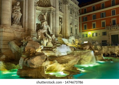 ROME\ITALY - APRIL 29, 2019: Many tourists come to the Trevi fountain even at night
