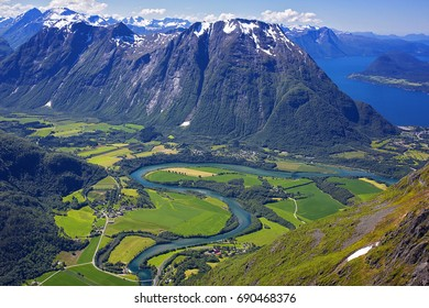 Romsdalseggen -The most beautiful hike in Norway