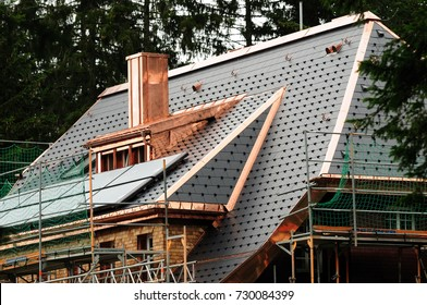 Roof with copper