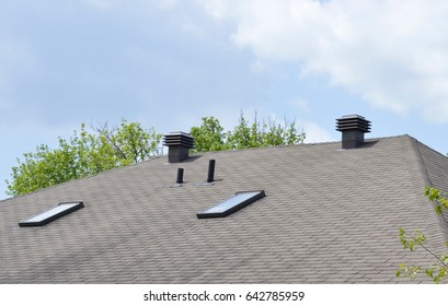 Roof with proper ventilation and sunroof