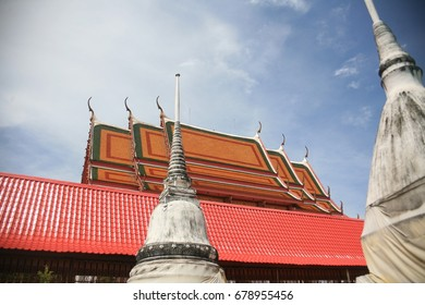 The roof of the temple is painted with beautiful sky color.
