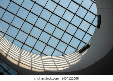 Roof top  sky view  clear glass  natural view technology