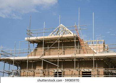 roof under construction