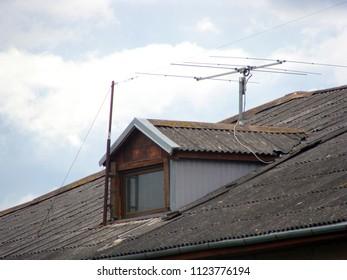 Short Wave Radio Images, Stock Photos & Vectors | Shutterstock