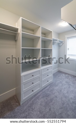 Charmant Room With The Open Empty Closet, Working Closet, Cupboard With Some Racks,  Hangers