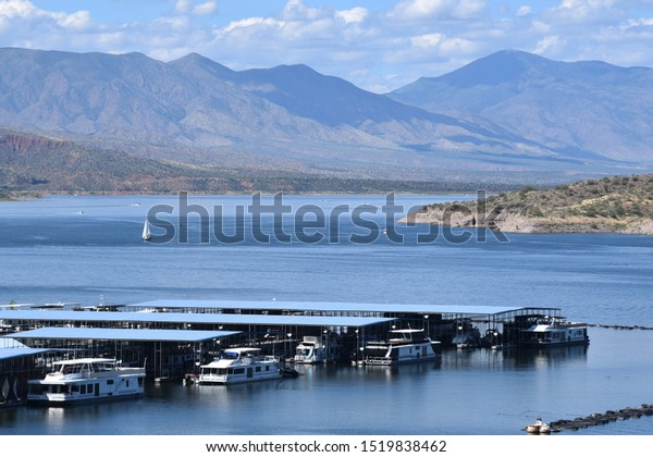 roosevelt-arizona-92819-view-boats-600w-