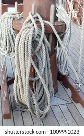 rope of old galleon