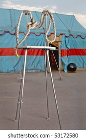 Rope, stage, metal, tent, circus, circus, red, trick, symbolism, conceptual, wattled, embodiment, plastic, knot, round