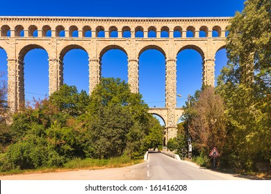 Roquefavour historic old aqueduct landmark Ventabren, Aix en Provence, France, Europe.